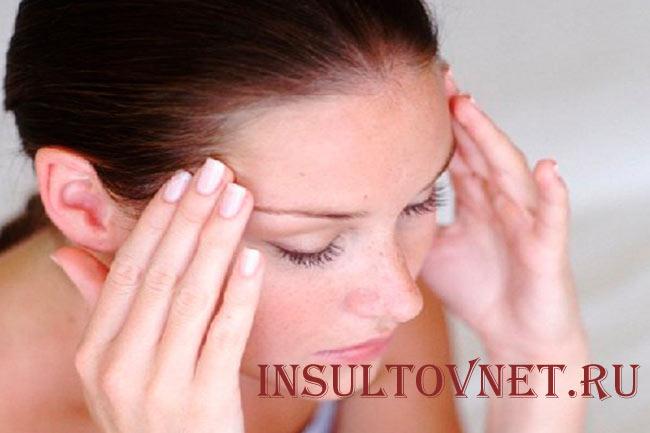 Массаж виска при головной боли